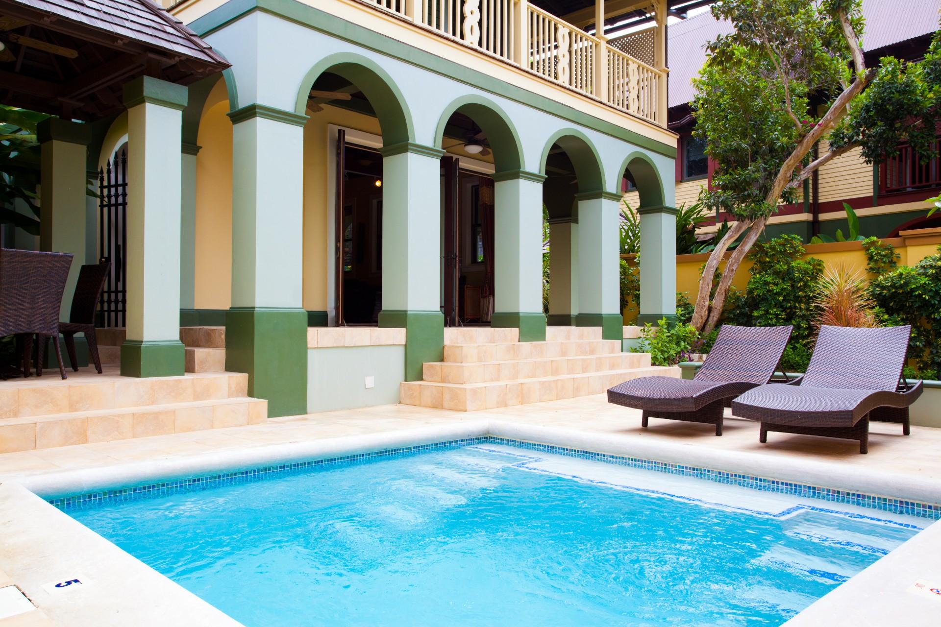 Callaloo dip pool