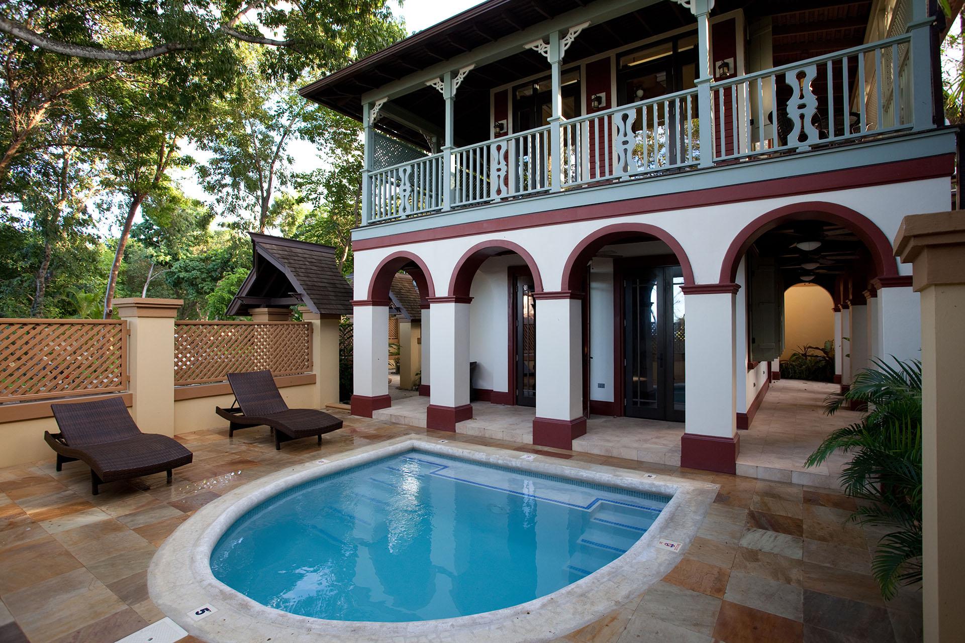 Calabash dip pool