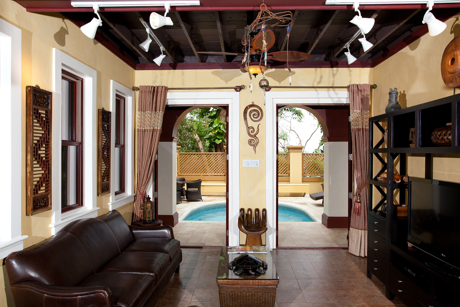 Calabash living room